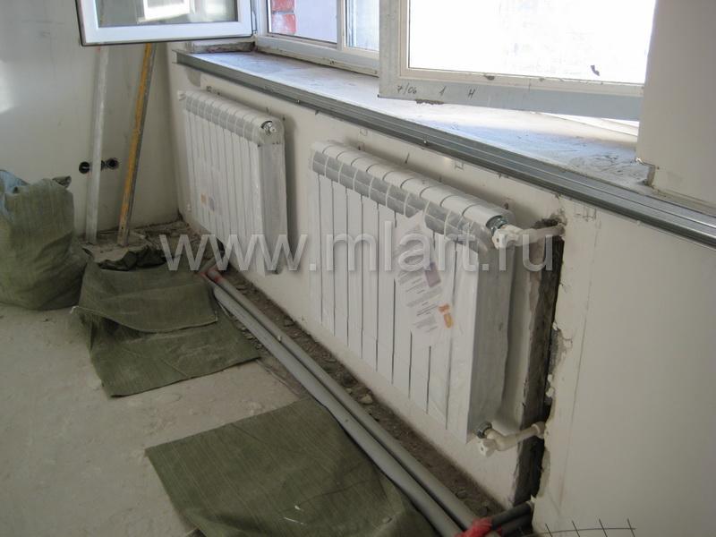 Установить радиатор на балконе.